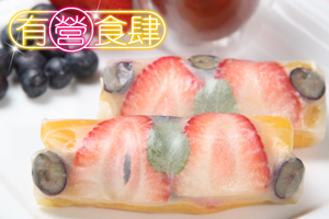 Fruit Rolls in Rice Sheets Served with Rose Honey